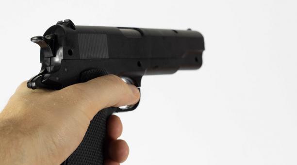 Imagen referencial. Un camarógrafo y un reportero recibieron varios disparos en un ataque tras una cobertura en el sur de Chile. Foto: Flickr/ Marco Verch Professional Photographer