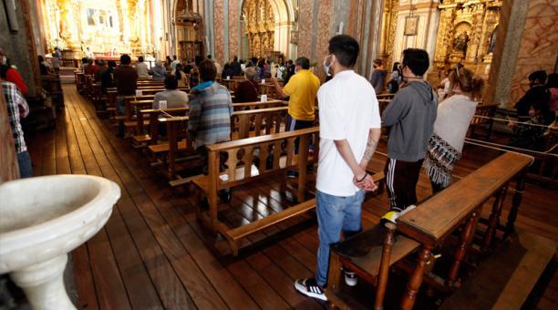 Imagen referencial. Misa por Domingo de Ramos realizada el pasado 28 de marzo de 2021 en la Catedral de Quito. Foto: Patricio Terán