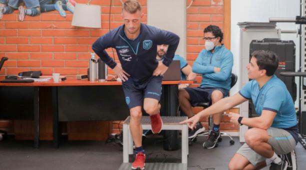 Damián Díaz durante una práctica con la Selección de Ecuador. Foto: @LaTri
