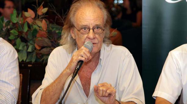 El cantautor español Luis Eduardo Aute falleció a los 76 años en Madrid, España. Foto: Archivo
