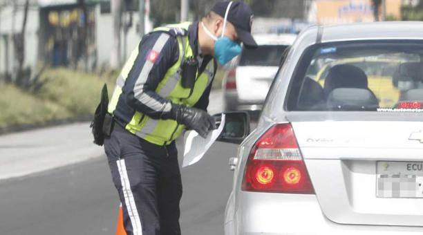 Desde las 22:00 de este 31 de marzo del 2021, la circulación de vehículos particulares está restringida en Quito. Foto: archivo / EL COMERCIO