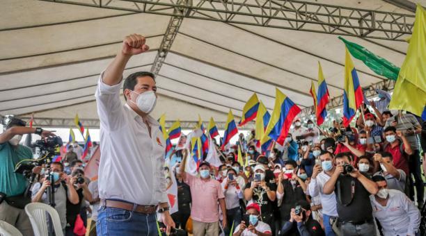 El candidato presidencial Andrés Arauz ofreció reestructurar las deudas, como una de las propuestas de su Gobierno. Foto: Cortesía