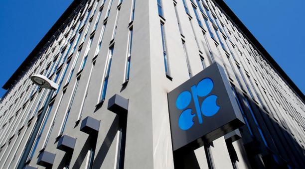 La OPEP se reunirá este 1 de abril del 2021 con el fin de fijar su oferta de crudo. Foto: REUTERS.
