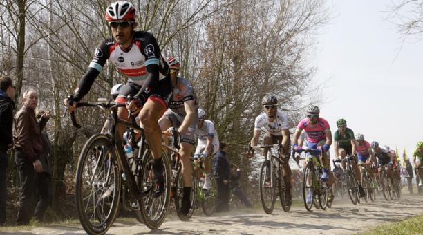 La carrera de ciclismo Paris-Roubaix se aplazó en Francia por el covid. Foto: Archivo/ Reuters
