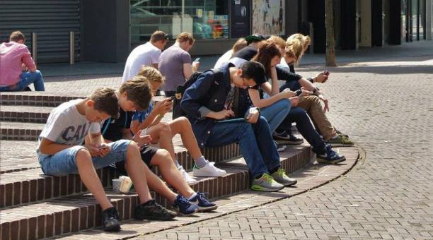 Foto referencial sobre el llamado a la acción por el bienestar de los adolescentes en la pospandemia de un grupo de expertos y organizaciones internacionales. Foto: Pixabay
