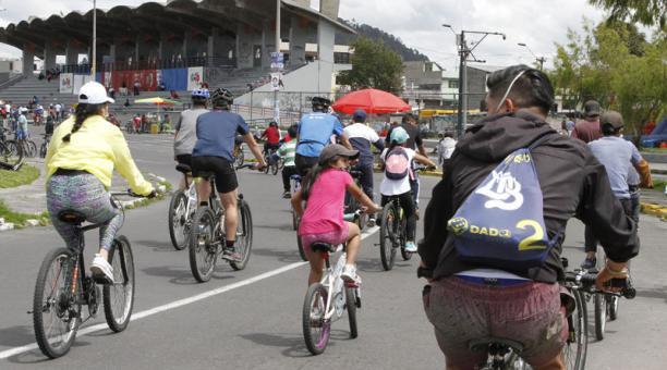 El ciclopaseo se hará con normalidad este 4 de abril de 2021. Se recomienda seguir todas las medidas de bioseguridad. Foto: Eduardo Terán / EL COMERCIO