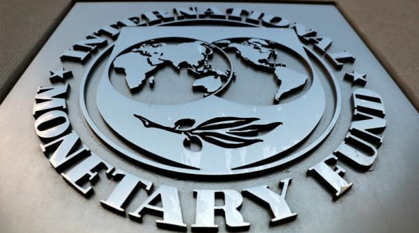 Foto de archivo del logo del FMI. Foto: Reuters