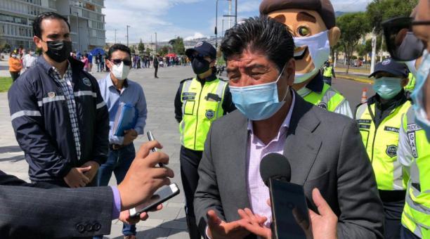El Alcalde se pronunció ayer sobre la situación, durante un evento del Municipio Foto: Galo Paguay / EL COMERCIO.