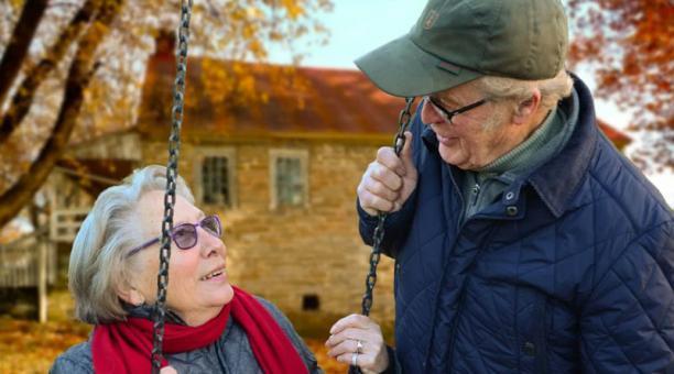Imagen referencial. El envejecimiento afecta a todos nuestros procesos orgánicos. Si no ponemos de nuestra parte, la dishomeostasis es más severa y el estrés oxidativo más abundante y dañino. Foto: Pixabay