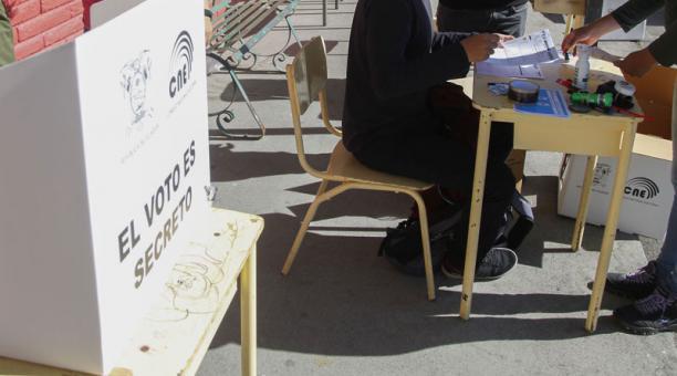 179 000 ecuatorianos están habilitados para votar en España, en las elecciones de la segunda vuelta. Foto: PatricioTerán/ EL COMERCIO