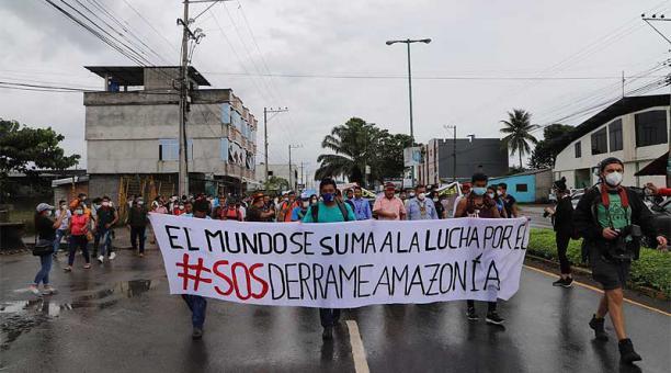 La marcha de ayer, 7 de abril del 2021, recorrió la avenida 9 de Octubre, de El Coca (Orellana). Foto: cortesía Confeniae