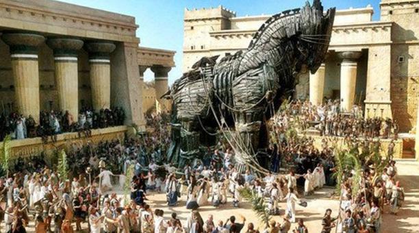 La primera obra conocida en la que se habla de la leyenda del caballo de Troya es 'La Odisea' de Homero. Foto: Captura