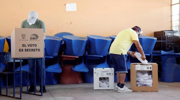 Para la segunda vuelta electoral, Pichincha cuenta con 414 recintos, que suman 6 732 juntas. Foto: Patricio Terán / EL COMERCIO