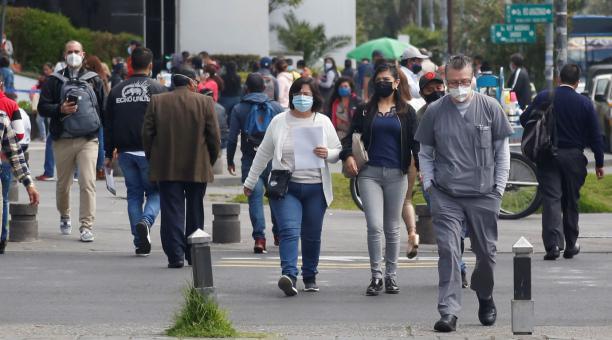 En Quito, la temperatura durante este 10 y 11 de abril del 2021 variará entre una máxima de 23 grados centígrados y una mínima de 11,2. El estado del tiempo se presenta con condiciones similares para el resto de los cantones de Pichincha. Foto: Diego Pall