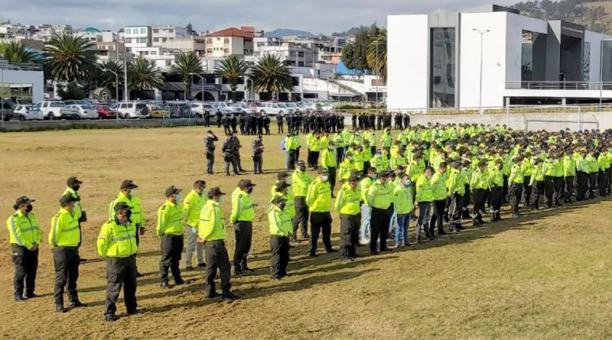 Los policías recibieron ayer las últimas disposiciones para ejecutar sus operaciones.