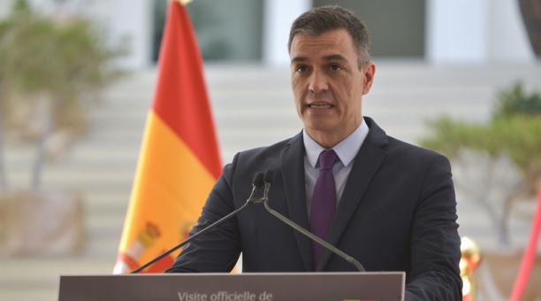 El presidente español, Pedro Sánchez, felicitó a Guillermo Lasso por su triunfo en las elecciones de la segunda vuelta en Ecuador. Foto: EFE