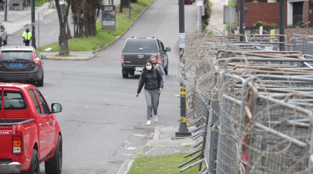 La circulación estaba cerrada en la avenida Eloy Alfaro y en la 6 de Diciembre, a la altura de la plaza Argentina, norte de Quito.