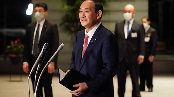 El primer ministro de Japón, Yoshihide Suga, anunció la decisión después de someterla a consultas con la operadora de la planta, con el regulador nuclear nipón y con las autoridades locales de Fukushima. Foto: EFE