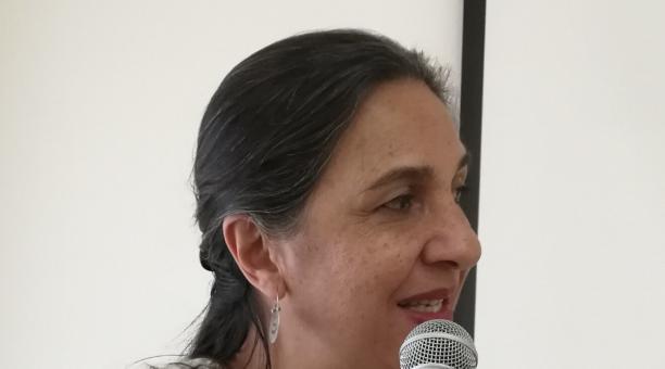 El académico Adrián Bonilla lamentó la partida de Tatiana Cordero. Foto: Twitter @xadrianbonilla