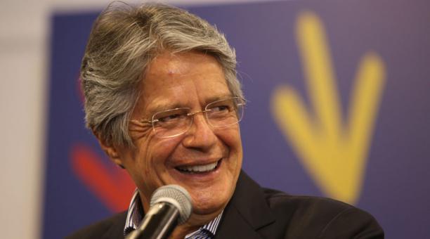 La misión de la OEA felicitó a Guillermo Lasso y Alfredo Borrero, por haber alcanzado su triunfo en las urnas. Foto: Vicente Costales / EL COMERCIO
