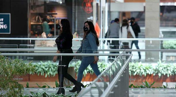 Los centros comerciales en Quito retomaron sus horarios regulares. Foto: archivo / EL COMERCIO