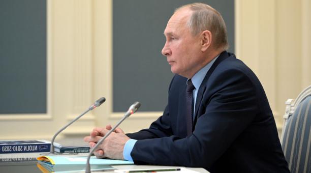 Según el portavoz de la Presidencia rusa, Dmitri Peskov, la respuesta a las sanciones que Estados Unidos impuso a Rusia serán analizadas por Valdimir Putin. Foto: Reuters