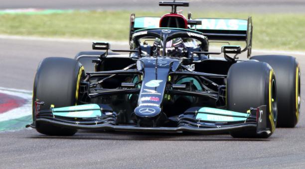 Lewis Hamilton fue segundo en los ensayos del Gran Premio de la Emilia Romaña. Foto: EFE