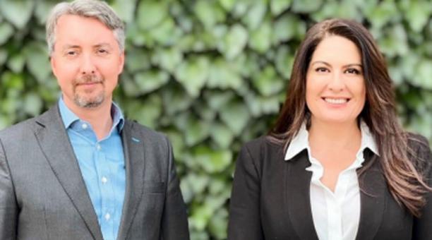 Felipe Ribadeneira y Verónica Sevilla, presidente y directora ejecutiva de la CCE, respectivamente. Foto: Cortesía