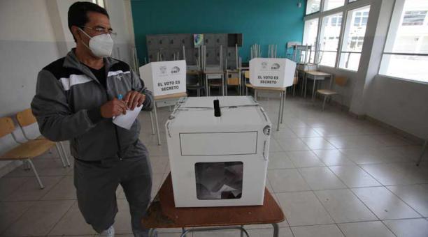 El 11 de abril del 2021 se realizaron las elecciones de segunda vuelta en Ecuador. Foto: Julio Estrella / EL COMERCIO