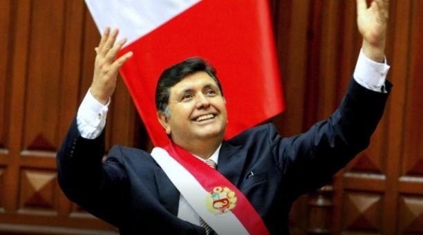 García ocupó la jefatura del Estado peruano en dos ocasiones (1985-1990 y 2006-2011) y tuvo una presencia muy importante en la vida política peruana. Foto: Twitter @Bellatrixtoo