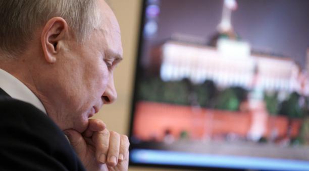 El gobierno de Vladimir Putin ha autorizado el desarrollo de maniobras militares de Rusia en el Ártico, ejercicios que han sido cuestionados por EE.UU. Foto: EFE