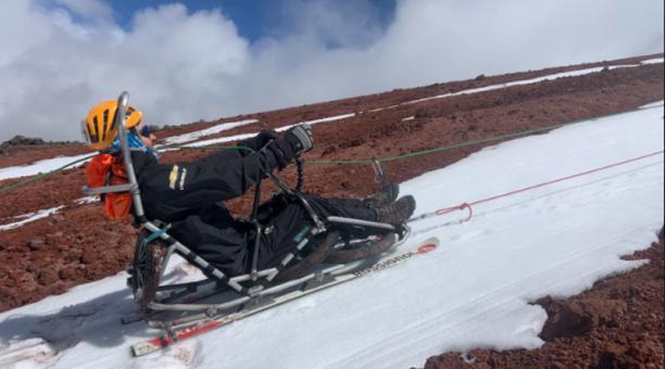 Sebastián Carrasco buscará la cumbre del Cayambe. Foto: cortesía del equipo de Sebastián Carrasco
