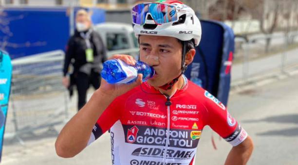 Alexander Cepeda, ciclista ecuatoriano del Androni Giocattoli Foto del Facebook Team Androni Giocattol