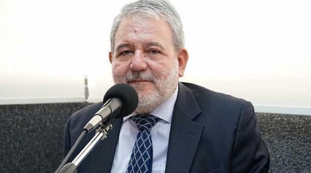 Luis Verdesoto estuvo dos años y cinco meses como consejero del Consejo Nacional Electoral. Foto: Facebook Luis Verdesoto
