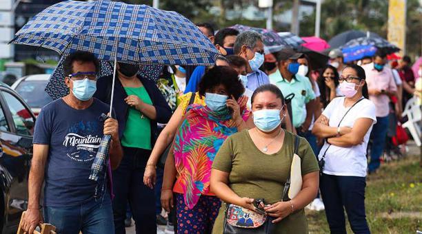 México, con más de 2,3 millones de casos confirmados de covid-19, se consolida como el tercer país con más muertos por covid-19, solo detrás de Brasil y Estados Unidos. Foto: EFE
