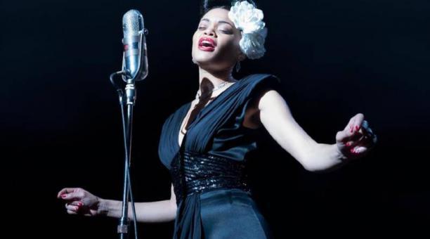 Andra Day en una escena de la película 'Los Estados Unidos vs. Billie Holiday'. Foto: Agencia EFE