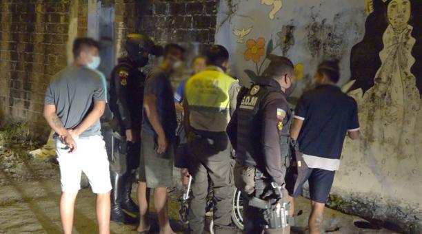 En Portoviejo se realizaron controles para evitar aglomeraciones. Foto: Cortesía Municipio de Portoviejo