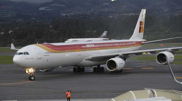 Desde el inicio de la pandemia, Iberia redujo la conectividad con Ecuador, con cinco vuelos de repatriación entre marzo y abril de 2020 y solo tres frecuencias semanales entre Madrid y Quito desde julio. Foto: archivo / EL COMERCIO