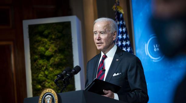 El presidente Joe Biden pidió tener un mayor compromiso con el medioambiente. Foto: EFE