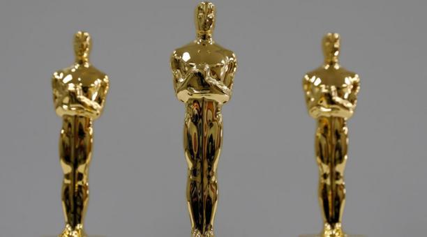 El mayor suspenso en la entrega de los Oscar el domingo puede no ser quién gana los principales premios -o incluso si Netflix consigue finalmente el codiciado galardón a Mejor Película- sino cómo la noche más importante de la industria del cine se reinven