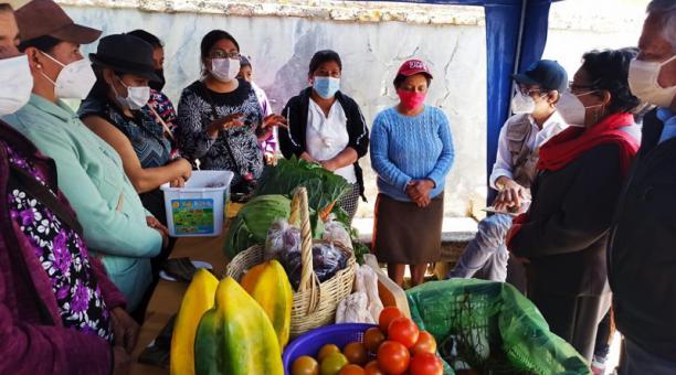En Azuay existen más de 40 asociaciones de emprendedores que participan en las ferias agroecológicas en Cuenca