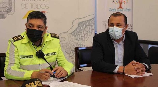 Las autoridades de control de Cotopaxi se reunieron para coordinar los operativos de control que se desarrollarán en toda la provincia. Foto: Twitter Gobernación de Cotopaxi