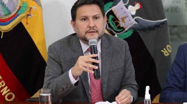 El ministro de Gobierno, Gabriel Martínez, informó este 23 de abril del 2021 que el viernes 30 de abril habrá confinamiento por el feriado. Foto: Ministerio de Gobierno