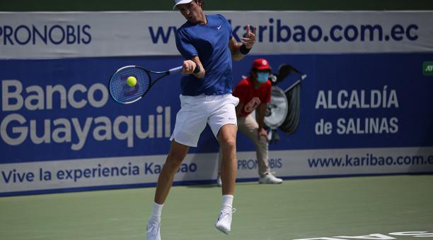 El chileno Nicolás Jarry es uno de los semifinalistas del Challenger de Salinas. Foto: Facebook del Challenger