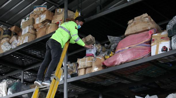 Así lucía el miércoles 7 la bodega que funciona en el norte de Quito; tiene 1 800 metros cuadrados. Foto: Julio Estrella / EL COMERCIO