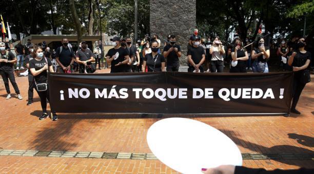 Las manifestaciones se replicaron en ciudades como Medellín, Cali y Cúcuta. Foto: EFE
