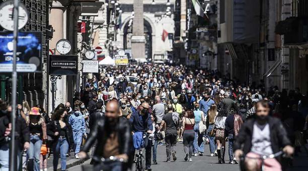 Hasta este 26 de abril del 2021 Italia registra 3 398 763 casos de covid-19. Foto: EFE