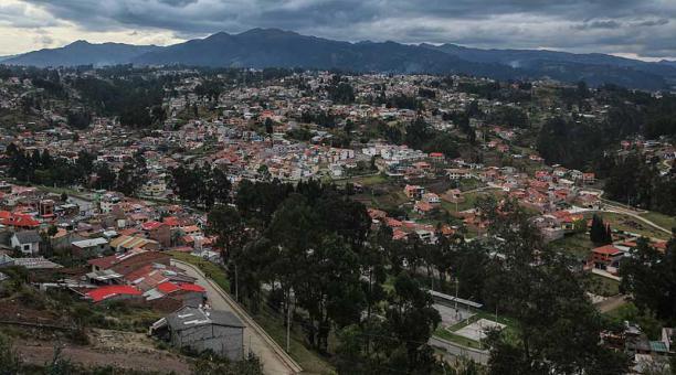 Una de las muertes violentas ocurrió en el sector de la entrada a Lazareto, en Cuenca. Foto: archivo / EL COMERCIO