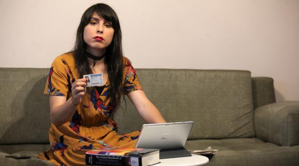 Nua Fuentes, codirectora del Proyecto Transgénero, labora en el Ministerio de Trabajo. Foto: Julio Estrella/ EL COMERCIO