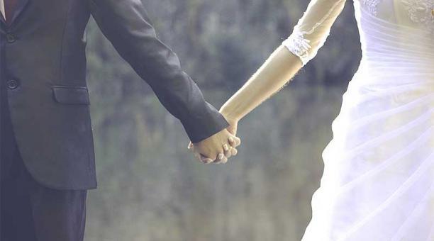 Imagen referencial. En Imbabura están suspendidos los matrimonios civiles, eclesiásticos, así como los bautismos y las misas presenciales. Foto: Pixabay